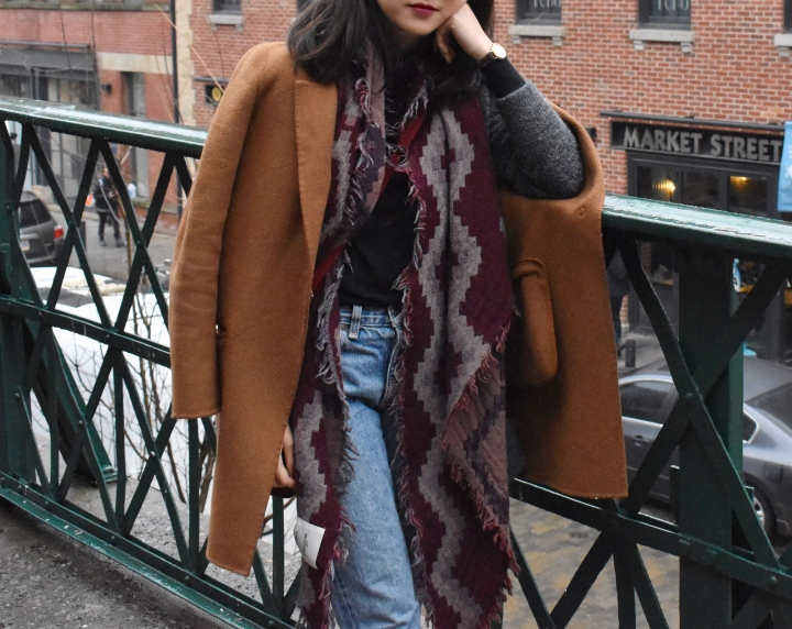 Ootd look featuring zara coat, wilfred mosaic scar, rag & bone boyfriend jeans and a deep berry lip.