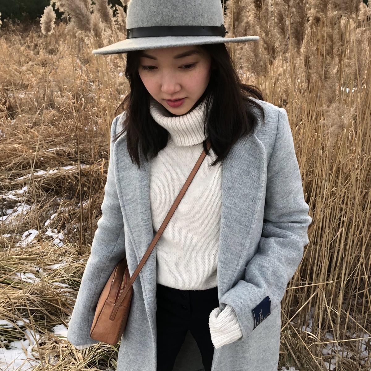 Toronto fashion blogger