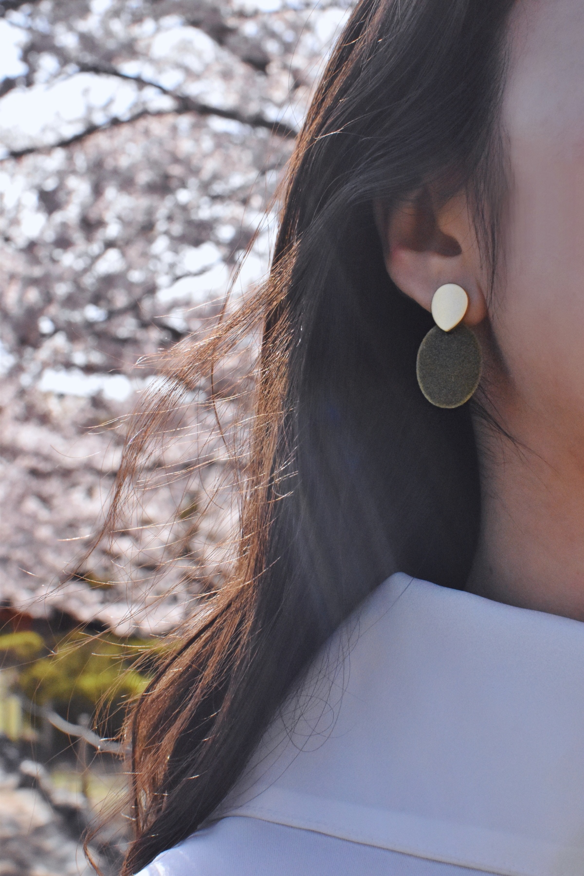 Mumokuteki earrings
