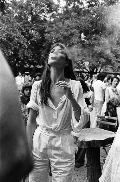 Simple chic Jane Birken