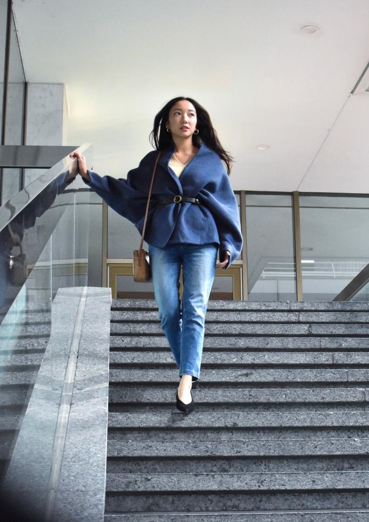 Vintage blue coat, chic city outfit, fashion